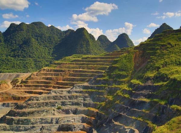 荆门水泥矿山地质环境恢